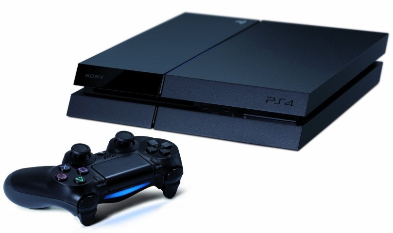 Sony PlayStation 4 & Dual Shock 4